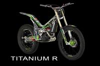 Combat Titanium R banner
